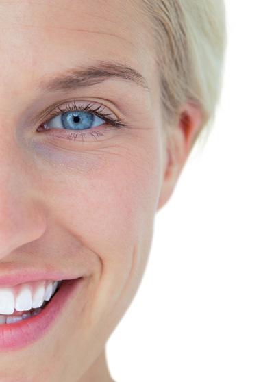 diş lekeleri temizlenmiş dişler